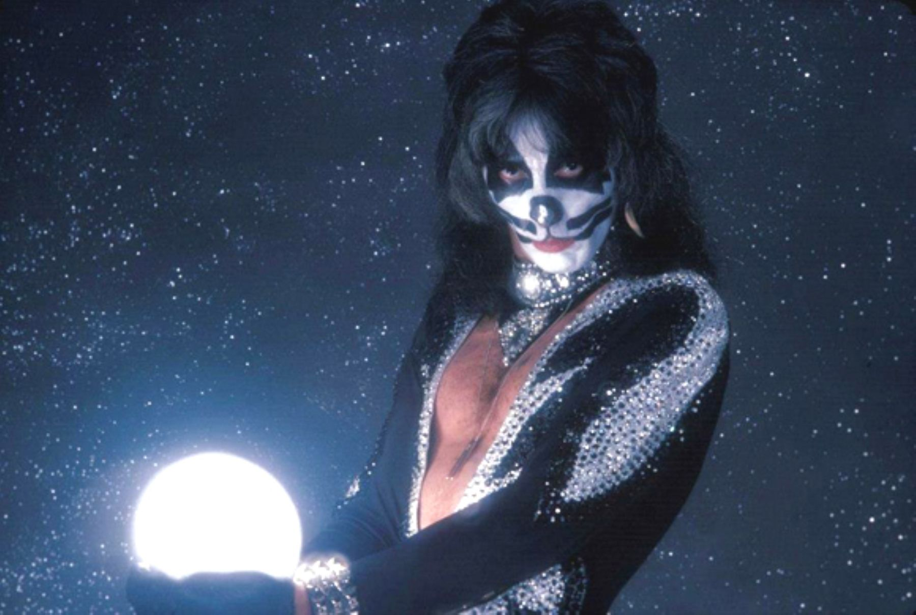 Dystopian Book Club Podcast: Peter Criss' Makeup to Breakup